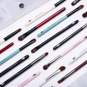 Makeup brushes (9 pcs)